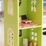 These Upcycled DIY Dollhouses Will Inspire Hours of Pretend Play