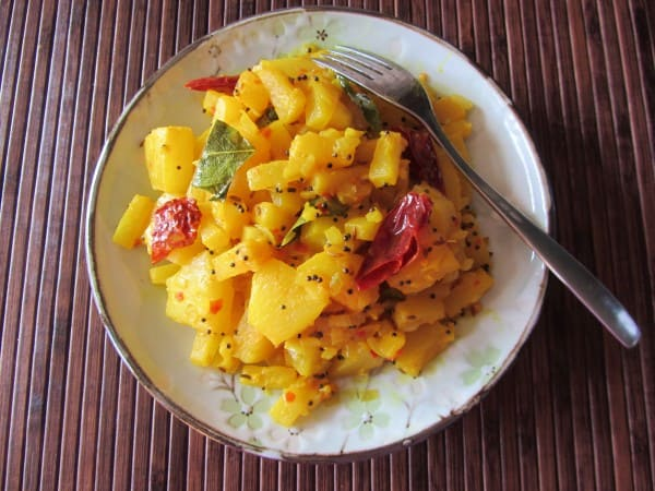 Chili and mustard pineapple side dish