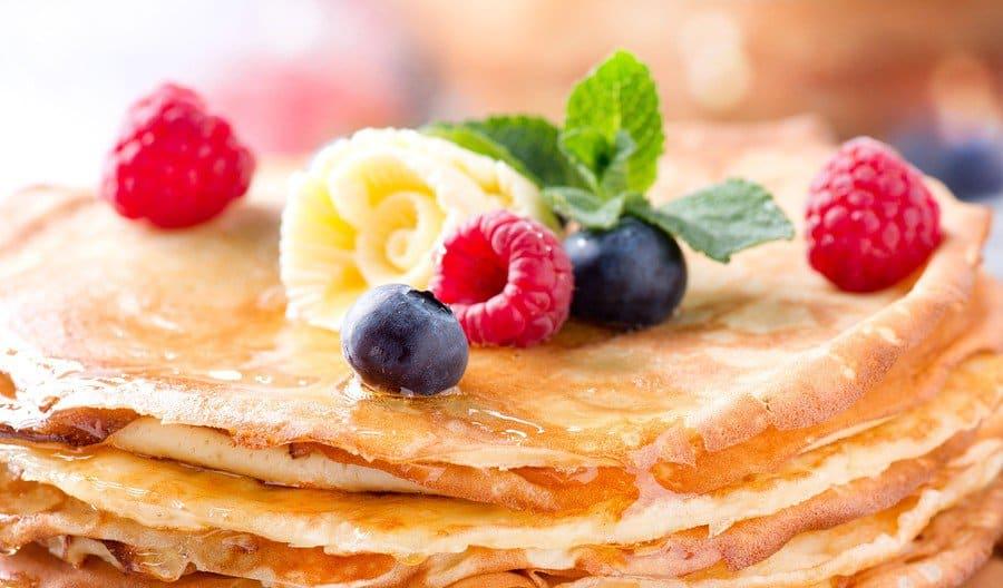Coconut chia protein pancakes