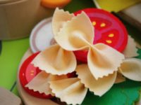 FeltFoodBowTiePasta 200x150 Use These Free Felt Food Patterns to Make Great Handmade Gifts for a Child