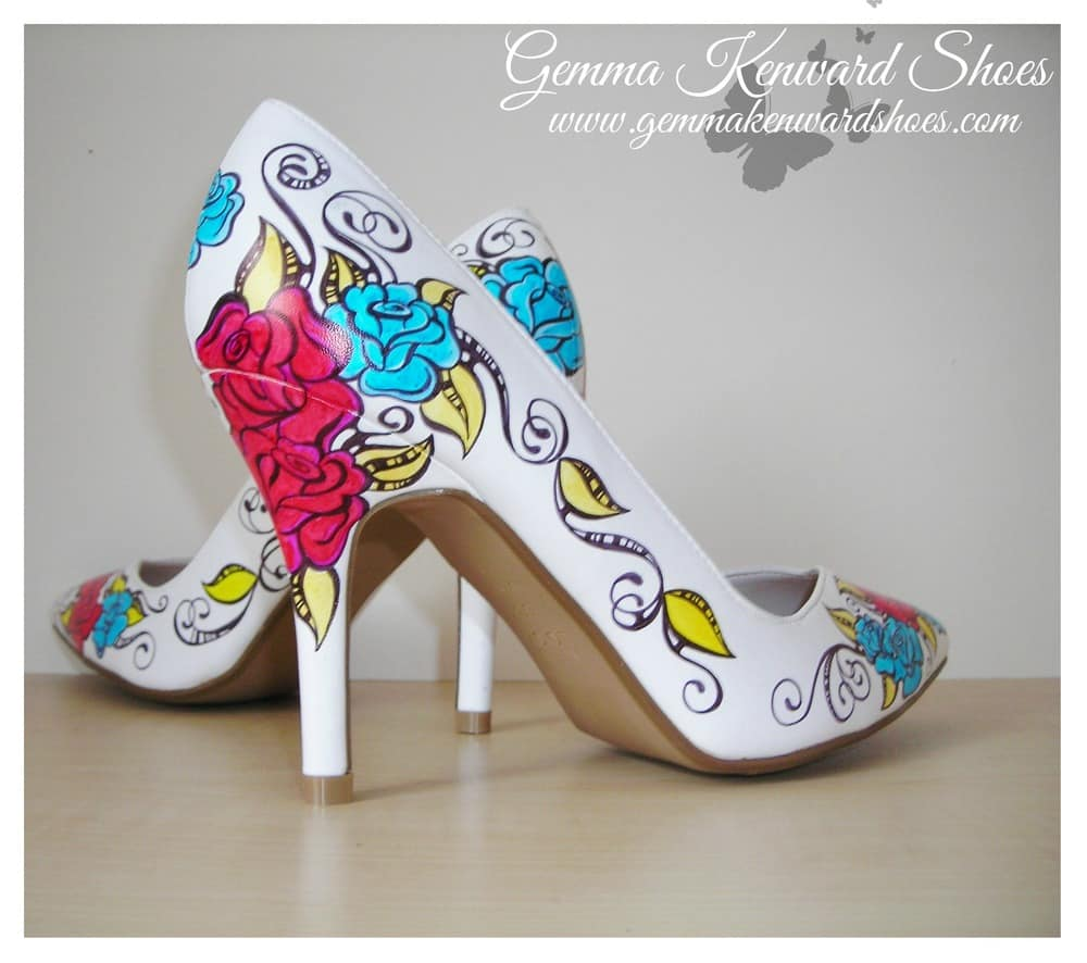 Floral painted pumps
