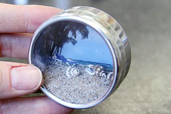 Mini shadow box magnet