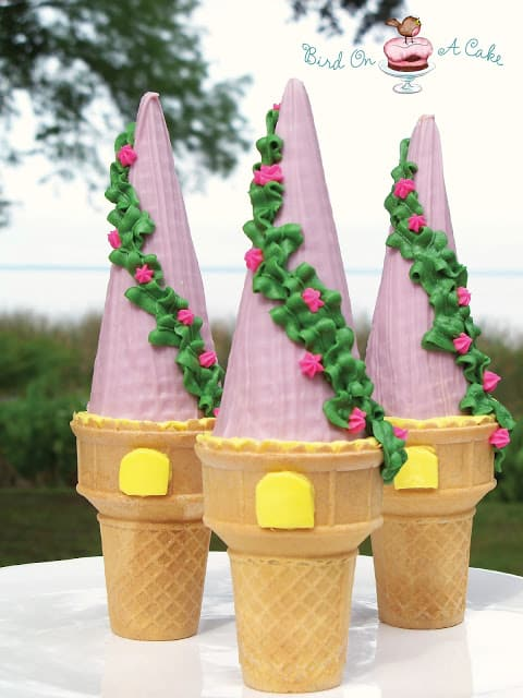 Rapunzel tower cupcakes
