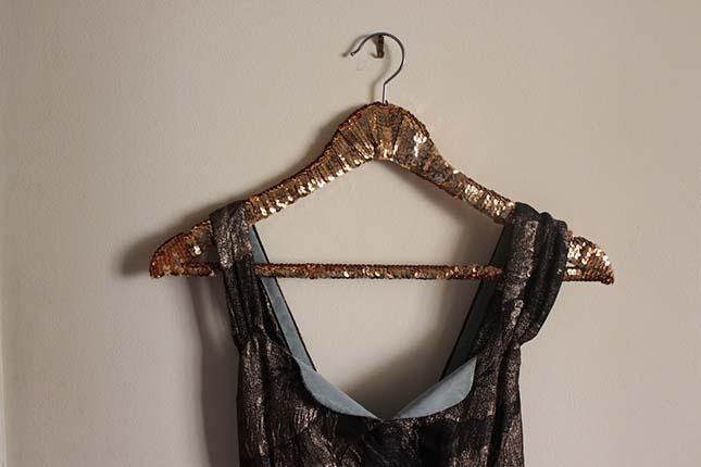 Sequinned hangers