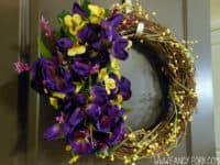 wild flowers 200x150 9 DIY Floral Wreaths To Fall In Love With