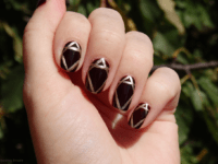 Burgundy with gold lines 200x150 Nail Trends: Geometric Manicures for That Chic, Urbane Look!
