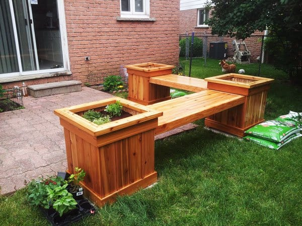 DIY corner planter bench
