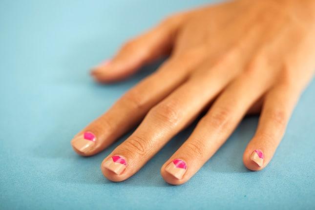 Simple geo manicure