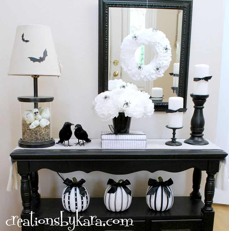Decorating With Black White: Timeless And Chic: Creative Black And White DIY Decor Ideas