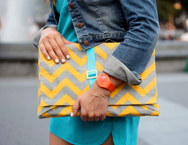 Chevron envelope case