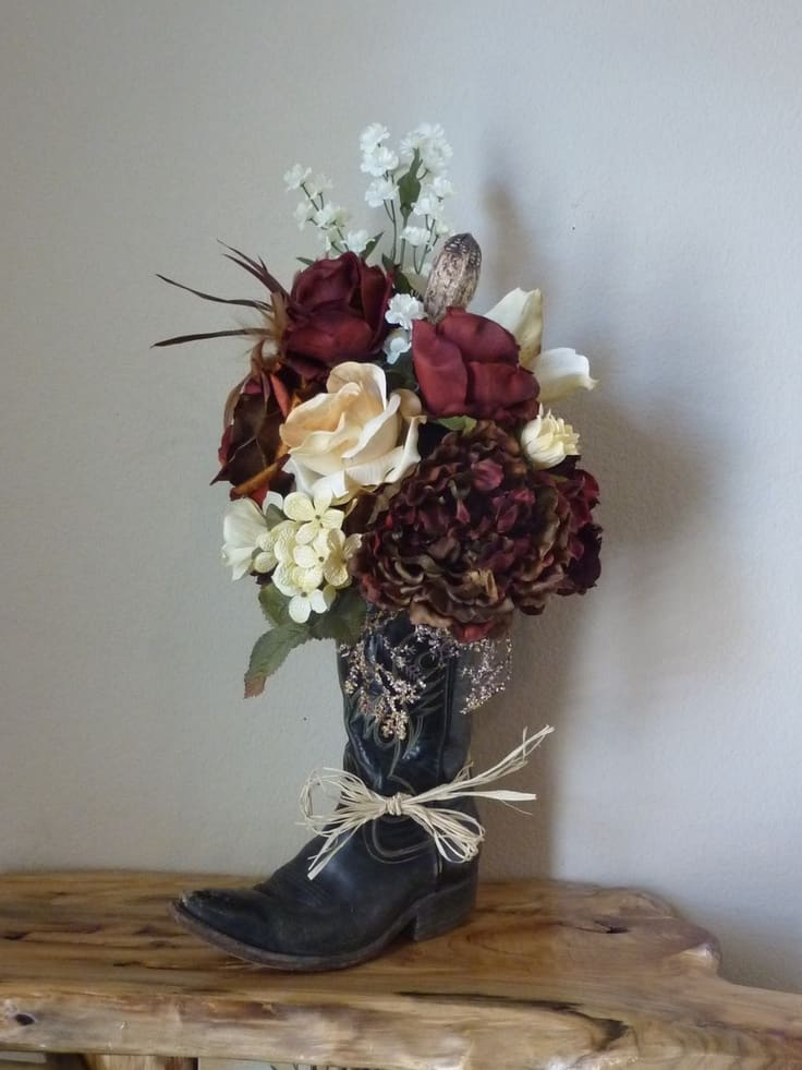 cowboy boot vase wedding decorations upcycling with style great projects made from boots 3149