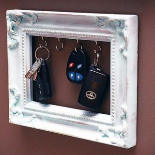 Fun and Functional DIY Novelty Keyholders You'll Adore