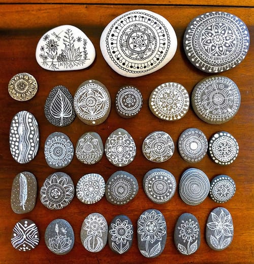 Fine, intricate pebbles