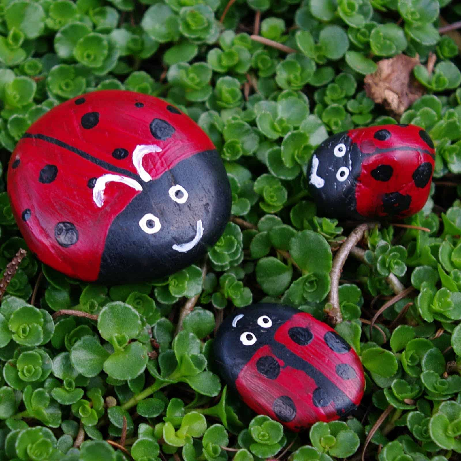 Painted Garden Stones: 15 Beautiful Rock Painting Ideas