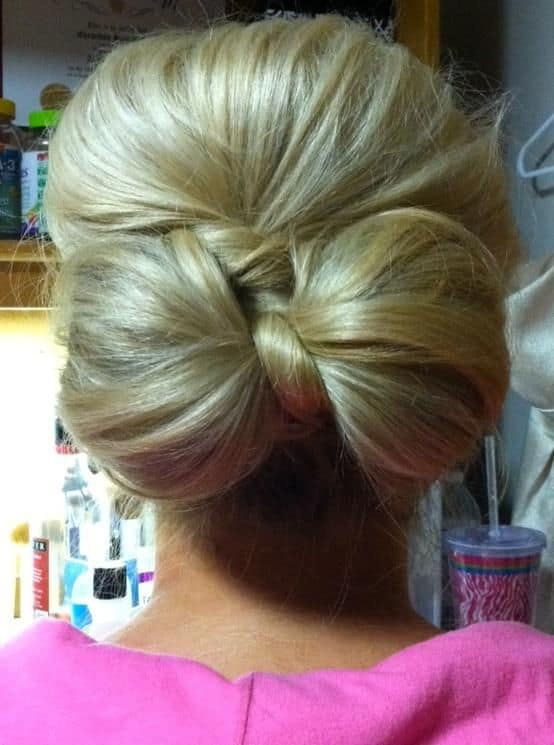Low hair bow