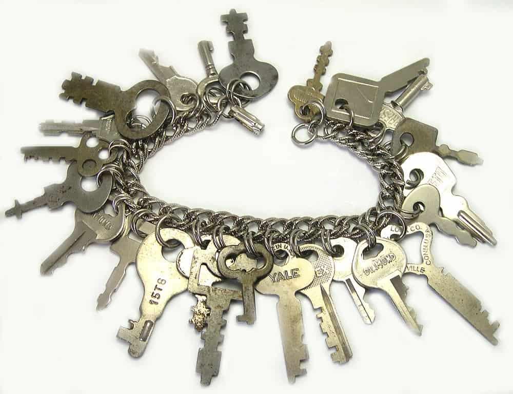 Mini key charm bracelet