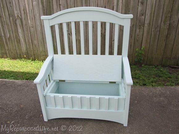 Trunk bench