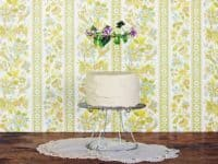 Wire Cake Stand 200x150 11 Trendy DIY Cake Stands