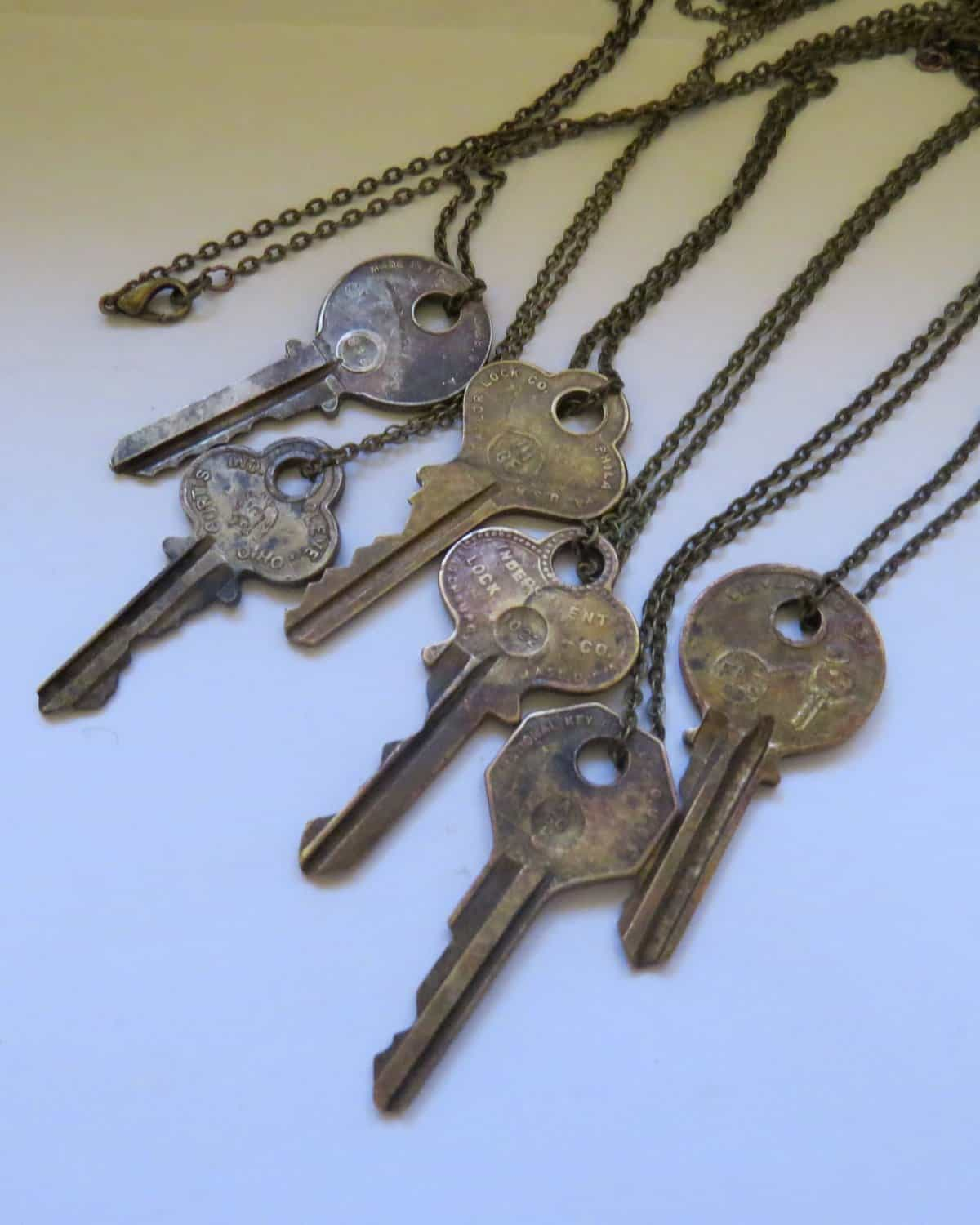 key chian necklaces