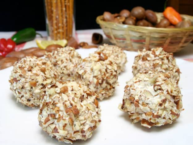 Almond and cehvre cheese balls