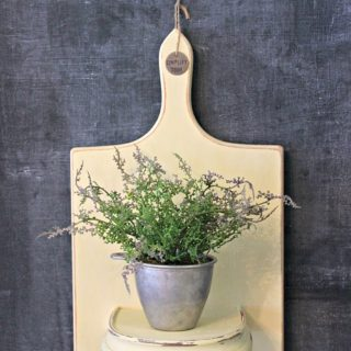 15 Cool Ways to Repurpose Old Cutting Boards