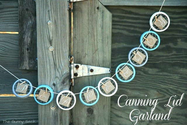 Cute DIY jar lid message garland