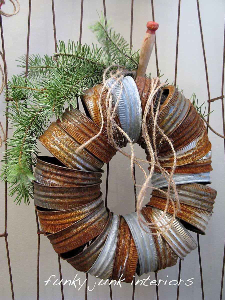 DIY Shabby chic rusted lid door wreath