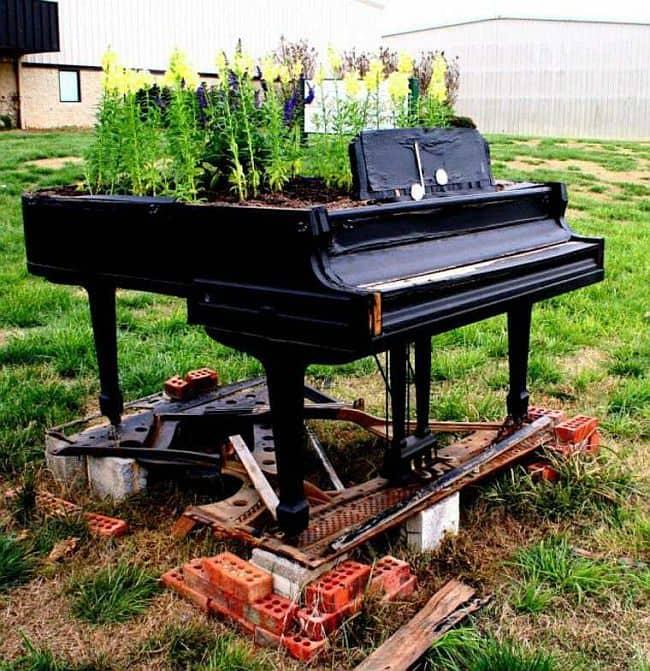 DIY grand piano planter