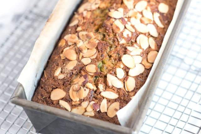Easy zucchini bread with almonds on top