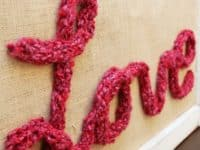 Love Wall ARt 200x150 These Easy Finger Knitting Projects Are Perfect for Crafters of All Ages