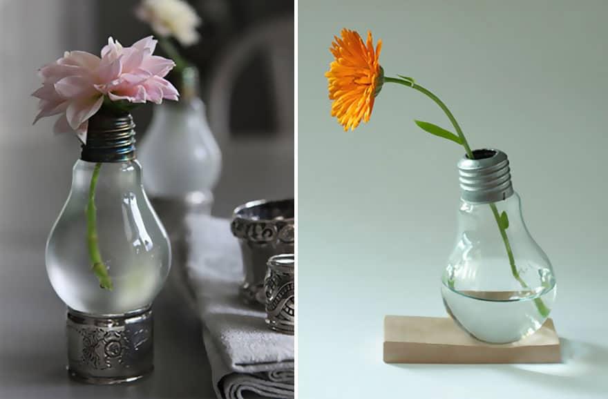 Mini standing vase