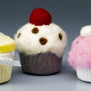 14 Adorably Sweet Cupcake Themed DIY Projects