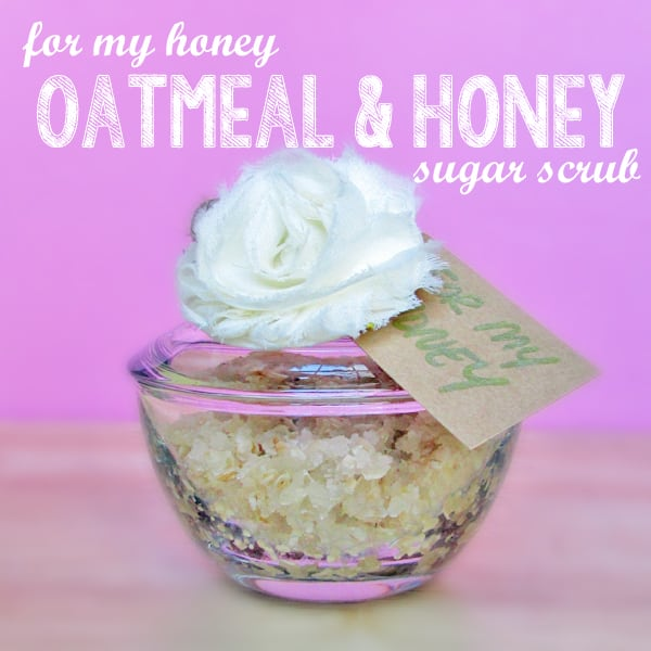 Oatmeal and honey homemade sugar scrub