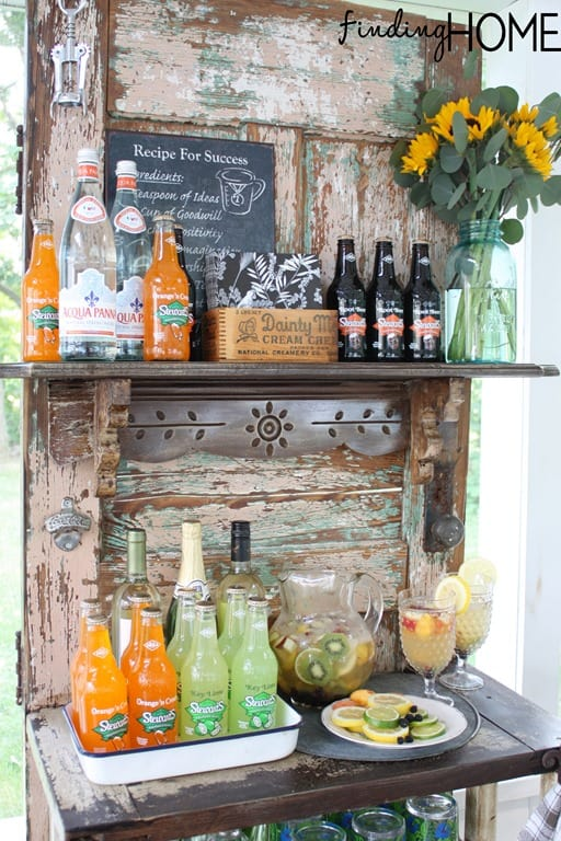 Outdoor upcycled wood beverage stand