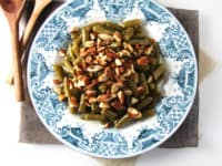 Simple almond green beans 200x150 Go Nuts: 15 Delicious Recipes Made with Almonds