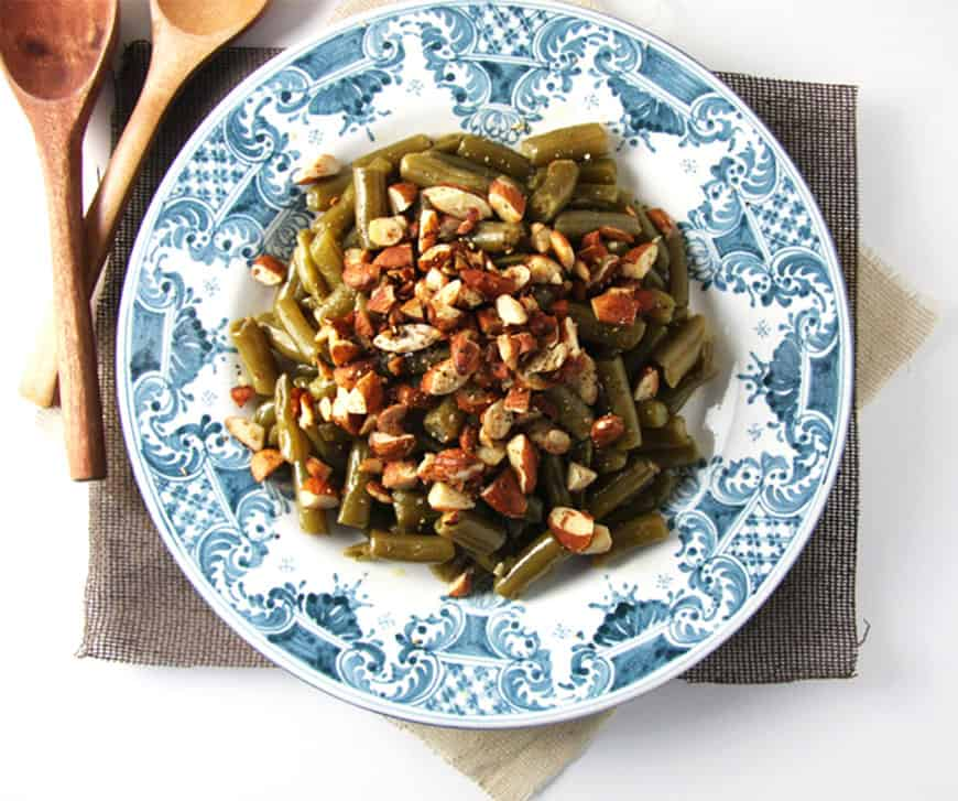 Simple almond green beans