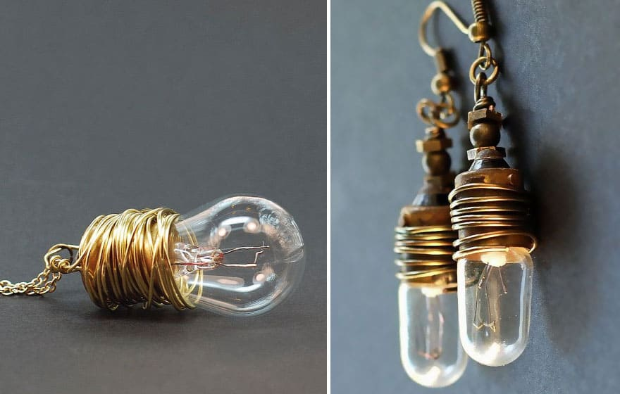 Steampunk light bulb jewelry