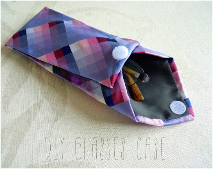 Upcycled tie case