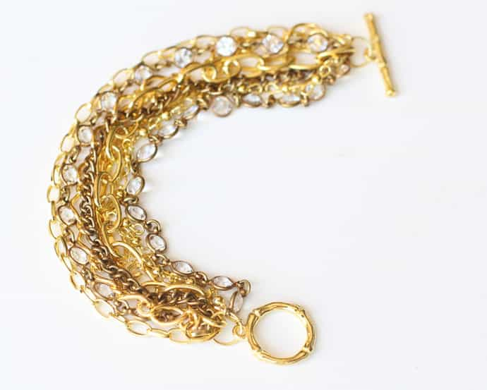 Varied chains and rhinestones bracelet