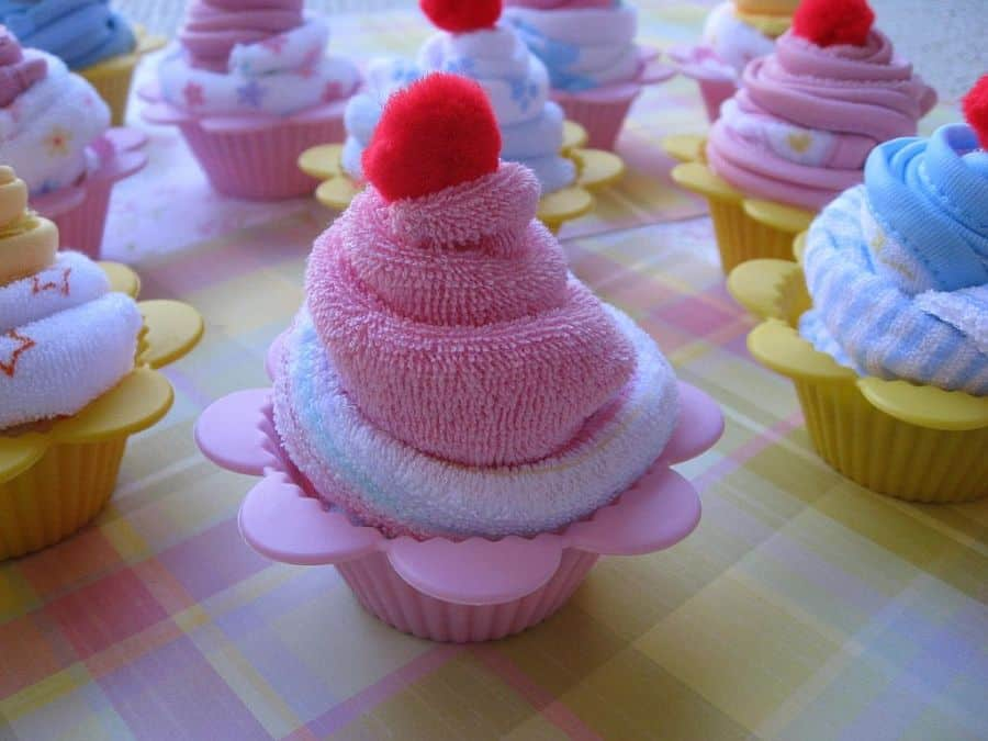 Washcloth cupcake