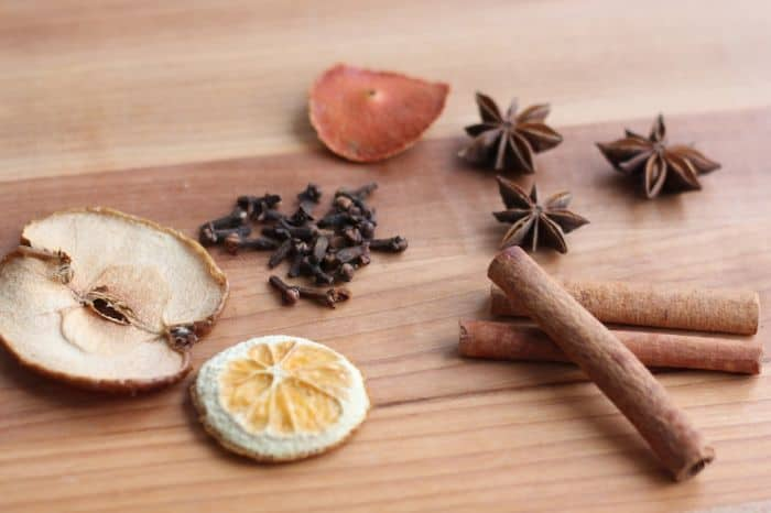 Winter spice potpourri