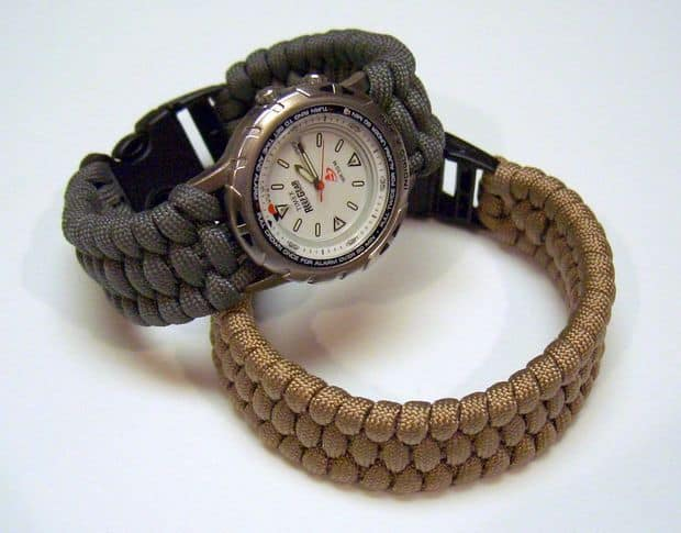 Woven paracord watch band