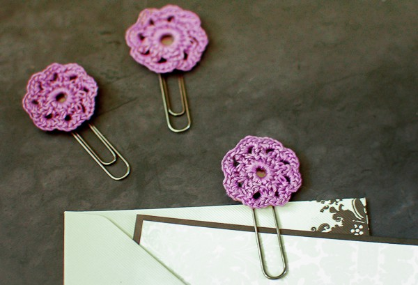 crochet-flower-paper-clips