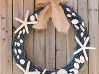 shell wreath 200x150 Beachy Inspiration: 10 DIY Seashell Projects