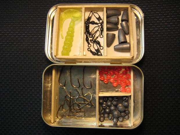 Pocket tackle box