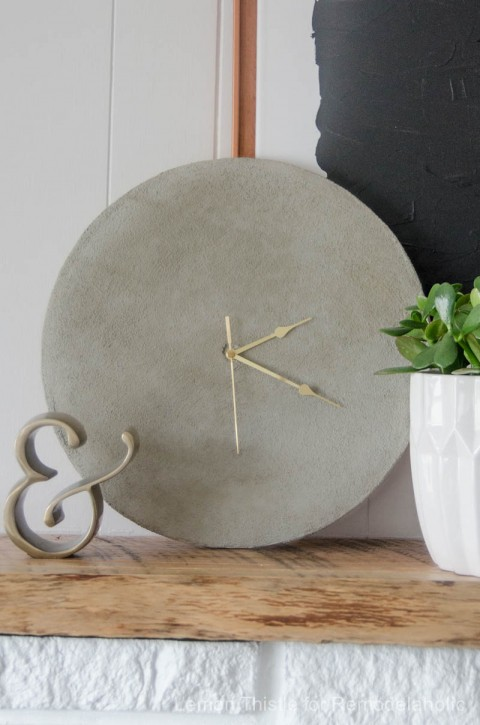 concrete-clock