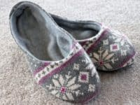 warmest slippers 200x150 Comfy And Fuzzy DIY Slippers