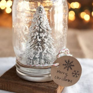 10 DIY Snow Globes For A Magical Winter