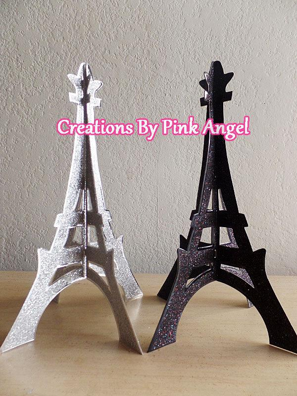 3d-standing-eiffel-tower