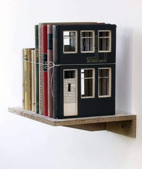 Book houses